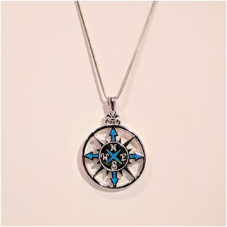 Product thumbnail: Compass Rose with Opal