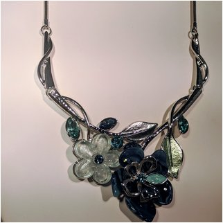 Product thumbnail: Blue Crystal Flower Necklace