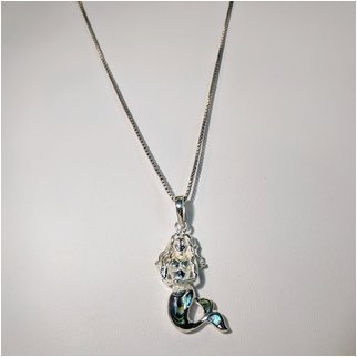 Product thumbnail: Mermaid Necklace with Shell