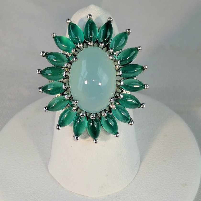 Chalcedony and Green Aventurine