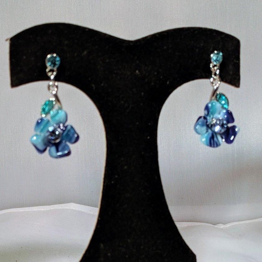 Blue Crystal Flower Necklace
