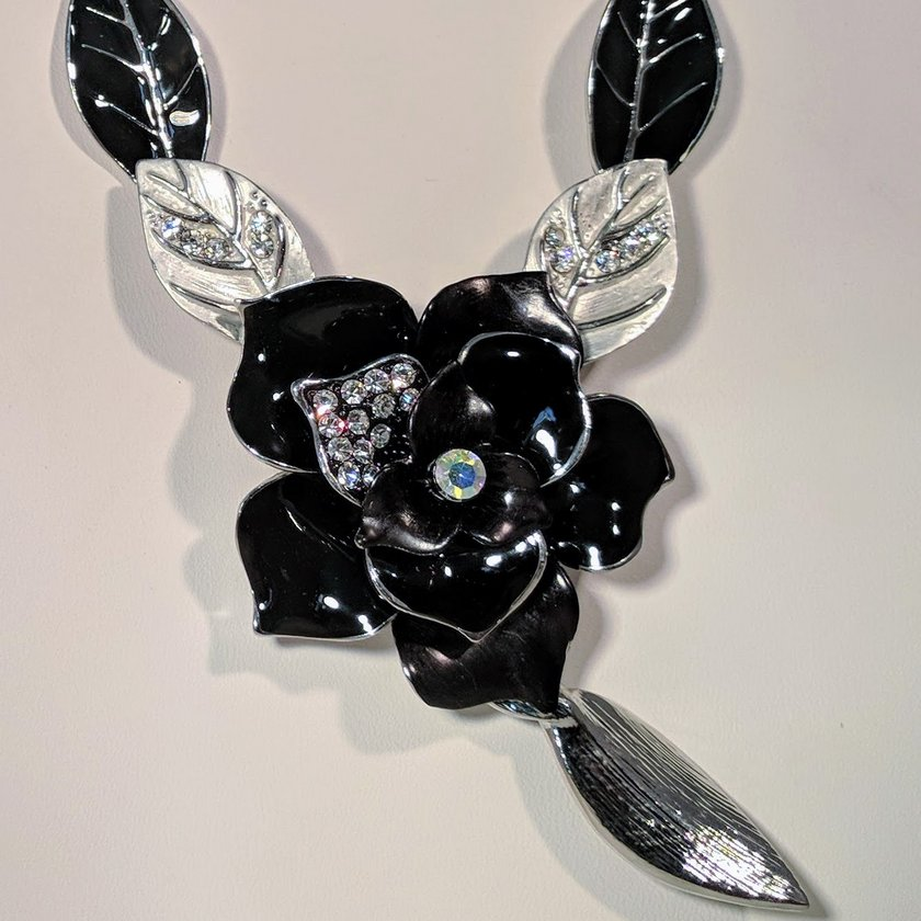 Black Necklace with Flower